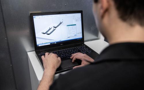 3D-Druck Daimler Buses Additive Fertigung Aftersales Ersatzteile Kunststoff Metall omniplus Digitale Fertigung