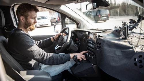 Mercedes Citan Eventbegleitung Teststrecke Parken Autonomes Fahren Testfahrer