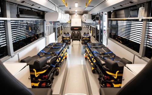 Setra, DRK, Intensivtransportwagen, Bus, Innenausbau, Intensivbetten, Beatmung