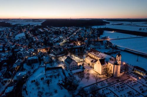 Klosterkirche Elchingen, Landkreis Neu-Ulm, Drohne, Winter, Panorama, Luftaufnahme, Tourismus, Marketing