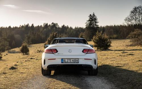 Mercedes-AMG C63 Cabrio Fotoshooting Natur V8 weiss Ulm Schwäbische Alb Autofotograf